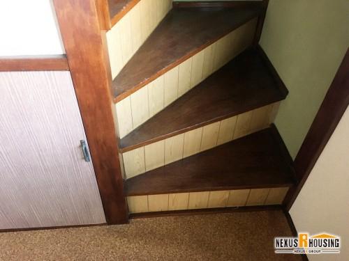 リフォーム前の階段