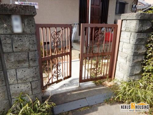 既存の門扉